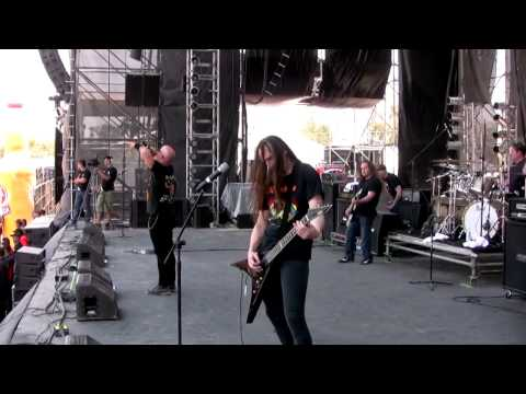 "Heathen - ""Open The Grave"", live at the Hell & Heaven Metalfest 2013"