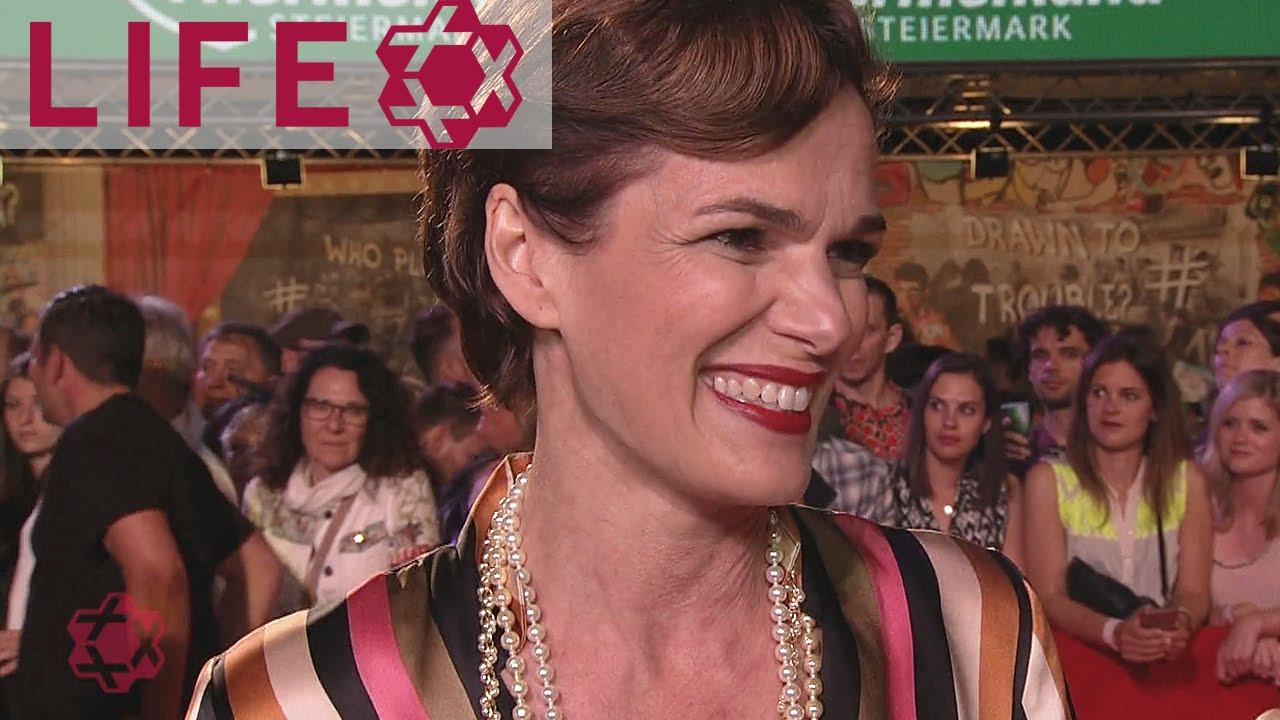 Pamela Rendi Wagner Auf Dem Life Ball 2017 Magenta