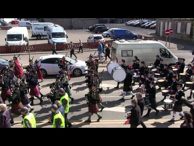 28th April 2018 Massed pipes and drums march to the Links for Cantraybridge College fundraiser