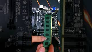 藤小二 2018年  電腦DIY組裝教學-如何拆裝電腦的記憶體? 重插記憶體方式,用橡皮擦清潔記憶體金手指方式。開機沒畫面,可以這樣試看看!(2018/6/29)