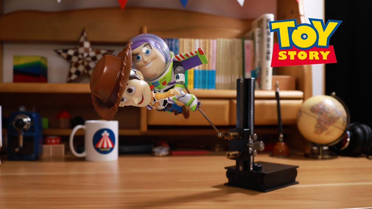 Toy Story- Woody & Buzz Flying in Stop Motion