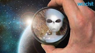 Stephen Hawking Talks Aliens