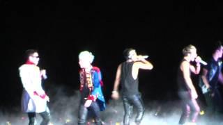 Video BIGBANG ALIVE TOUR 2012 Live In Malaysia - FANTASTIC BABY 1080P [Fancam] download MP3, 3GP, MP4, WEBM, AVI, FLV Juli 2018
