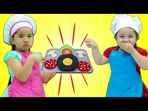 Suri & Annie Cooking Contest Show w/ Play Kitchen Kids Food Toy