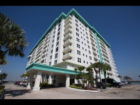 10350 W Bay Harbor Dr #9LM Bay Harbor Islands, FL 33154