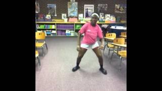 Sexy mama(Iyanya ft Wizkid)