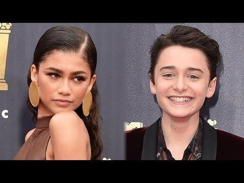 Stranger Things' Noah Shnapp GUSHES Over Zendaya During MTV Movie Award Speech thumbnail