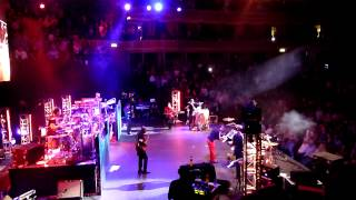 Kalimba Song - Earth Wind and Fire LIVE - Royal Albert Hall 2013