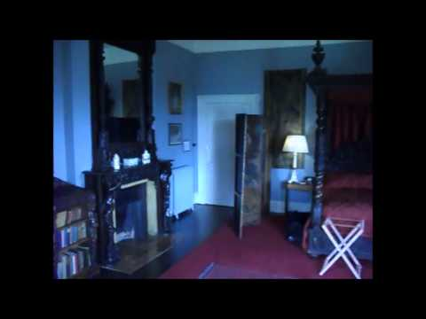 Castle Leslie-Our night in the Haunted Red room