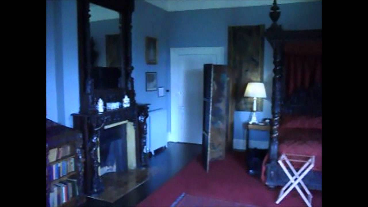 Castle Leslie Our Night In The Haunted Red Room Youtube