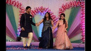 Cute Bhabhi Devar Dance | Lo Chali Main | #chiragwedsnivruti
