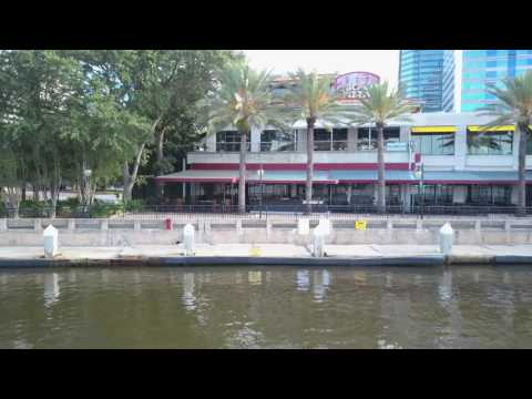 Chicago Pizza, American Grill and Hooters @ Jacksonville Landing