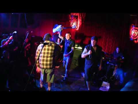"AGNOSTIC FRONT - ALEX'S BAR - LONG BEACH CA - 12/7/2017 ""VULTURE VIDEO"""
