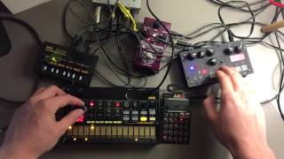 "Video Noisy jam - 1 (Microgranny, PO-28, Volca beats, Monotron delay, AMT Reverberry ""Ry-1"") download MP3, 3GP, MP4, WEBM, AVI, FLV Agustus 2018"
