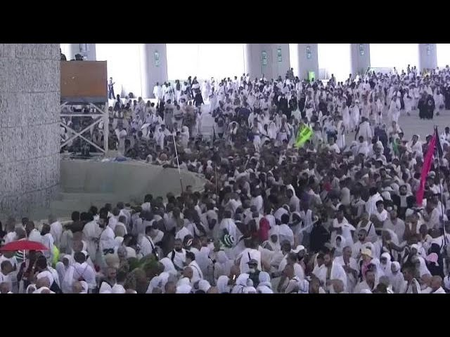 Stoning of devil ritual begins in Hajj pilgrimage on Eid