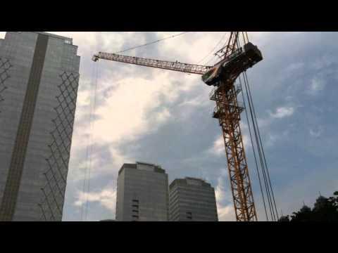 Bangunan raksasa pencakar langit, kualitas tinggi sambungan coupler, konstruksi bangunan Jakarta.