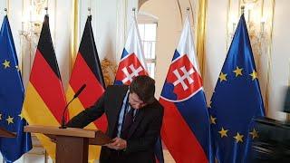 Peter Pellegrini sa stretáva s Merkelovou