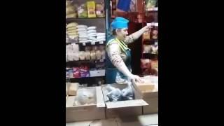 Смотреть видео торговый прдставитель что делает в магазине