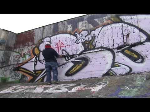 Graffiti Power| Block Piece | Painting a very large block piece