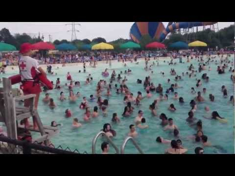 Kings Island Soak City Wave Pool Breakers Bay