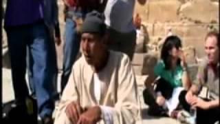 abd el hakim awyanr i p and stephen mehler on the giza plateau