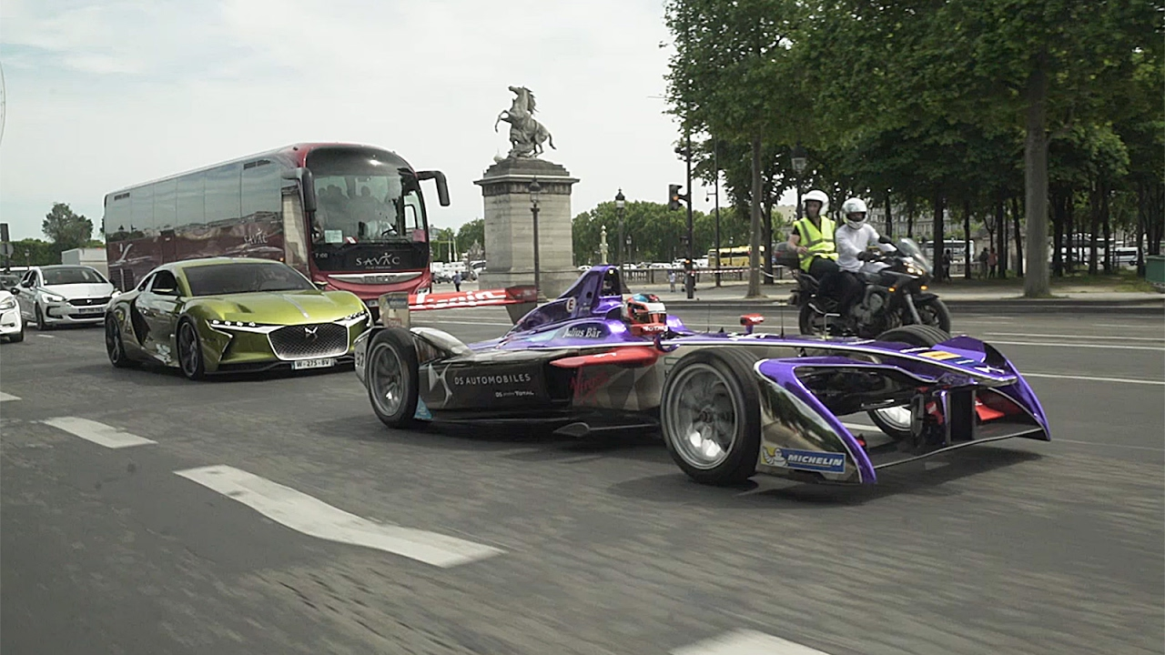 ds virgin racing la parade avant le eprix de paris 2017 youtube. Black Bedroom Furniture Sets. Home Design Ideas
