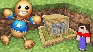 МИР УМЕНЬШИЛСЯ Нуб в 1 блок и Про построили дом для Кик зе Бади в Майнкрафт !