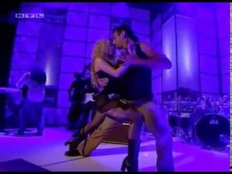 Download Shakira - Objection (Tango) - Live On TOTP