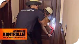 Notöffnung einer Wohnung: Kommt für die Frau jede Hilfe zu spät? | Achtung Kontrolle | kabel eins