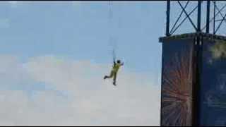 2011年10月2日に開催された「遊助2011ファンイベント in ユニバーサル・スタジオ・ジャパン」の1コマ。 嘗て、ピーターパンが飛んだ同じ場所で遊助さんが飛びました。