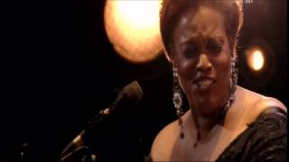 ...dianne reeves with russell malone...
