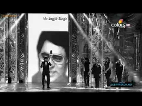 Sonu Nigam's tribute to Legendary artists in Mirchi music awards.wmv