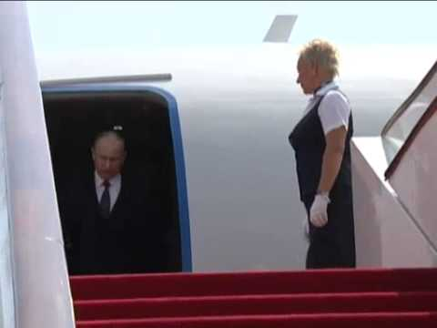 Jun 5, 2012 China_Putin arrives in China to meet top officials and attend SCO summit