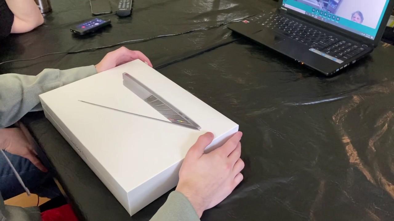 "13"" MacBook Pro 2020 Unboxing - YouTube"
