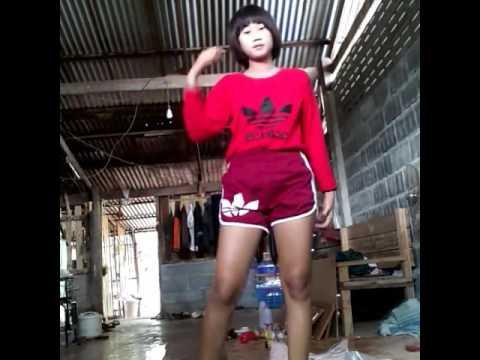 เด็กม.3เต้น [7:37x360p]