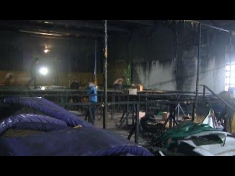 В Нягани подожгли батутный центр