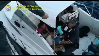 Imbarcazioni cariche di migranti intercettate a Leuca dalla Finanza