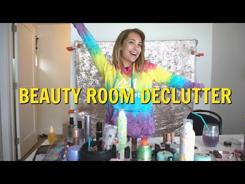 MAKEUP AND BEAUTY ROOM DECLUTTER this took 10 hours