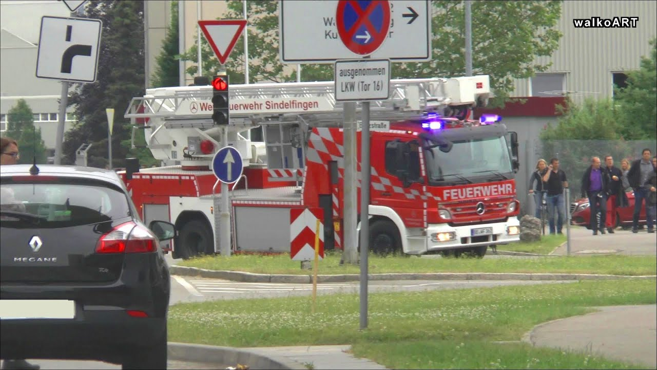 Emergency mercedes benz werkfeuerwehr plant fire brigade for Mercedes benz emergency