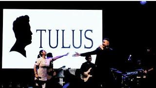 AKU MAKIN CINTA - VINA PANDUWINATA ft. TULUS  Live at CNR Garden
