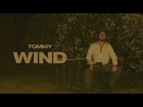 Смотреть клип Tommy - Wind