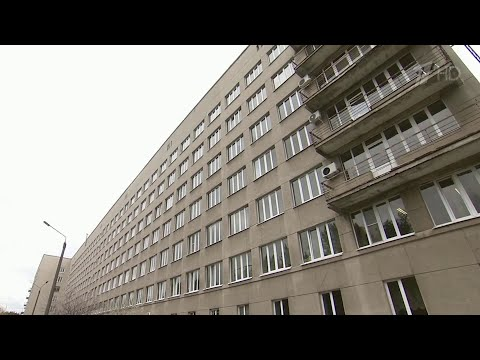 В Воронеже в областной больнице многоэтажный корпус отдали под пациентов с коронавирусом.