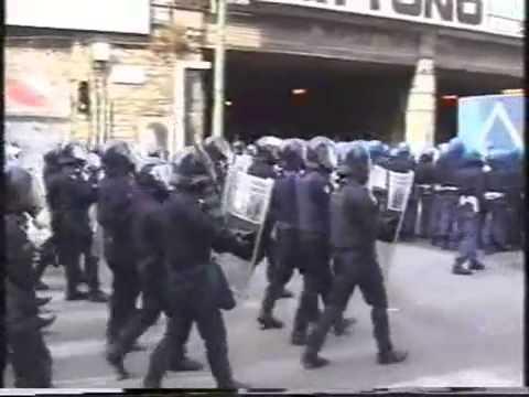 Genova 2001 G8   immagini forti