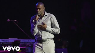 Download lagu Brian McKnight - 6,8,12 (Live)