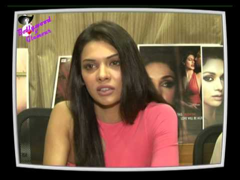 Exclusive Interview of Sara Loren for ''Murder 3''