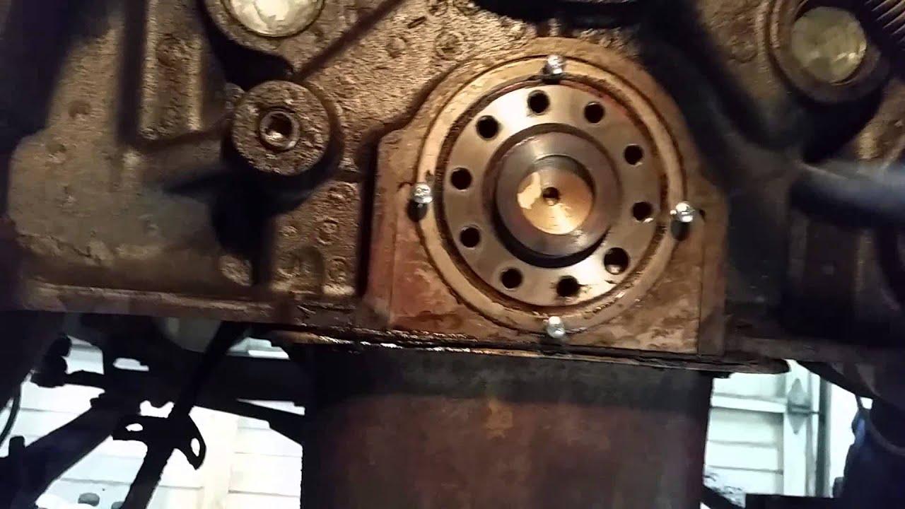 International scout rear main seal removal