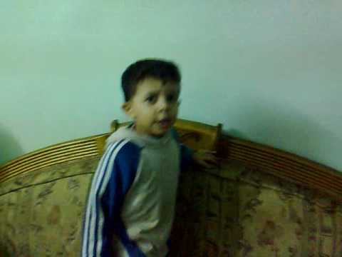 اصغر طفل يرقص thumbnail