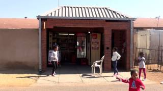 South Africa's Ruling Party Faces Challenge in Local Elections