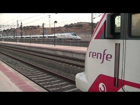 Malaga, Treni, metrò, mare, arte, folclore: Andalucia Costa del Sol