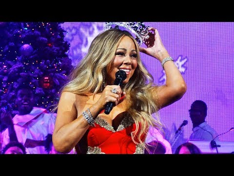 5 Times Mariah Carey's 2017 Vocals Had PRIME Mariah Shook!
